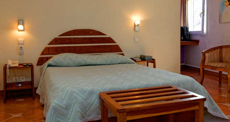 Single room at the Palm Hotel Antananarivo